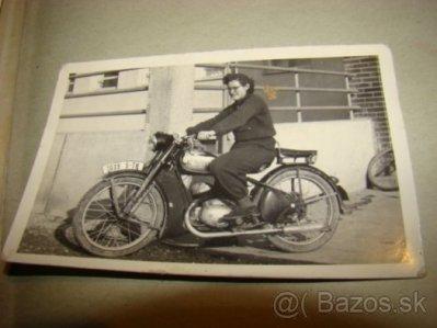 obrázok k predmetu Fotka Jawa zena