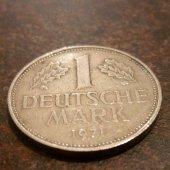 tovar 1 deutsche mark  vyrobil marka